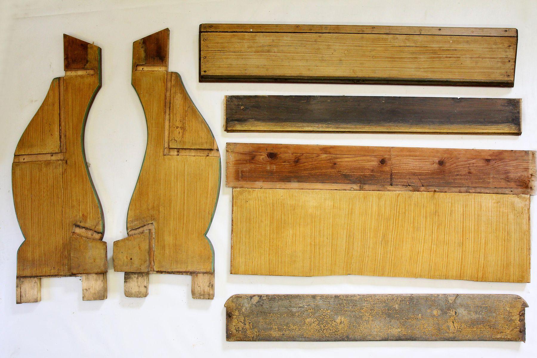 Restaurování dřevěných částí kostelních lavic 01