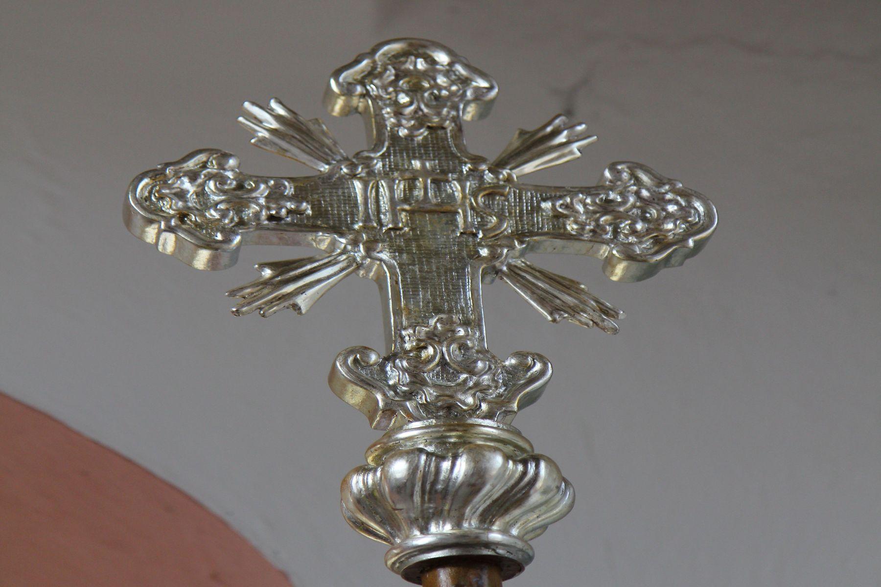 Postříbření luceren a křížů