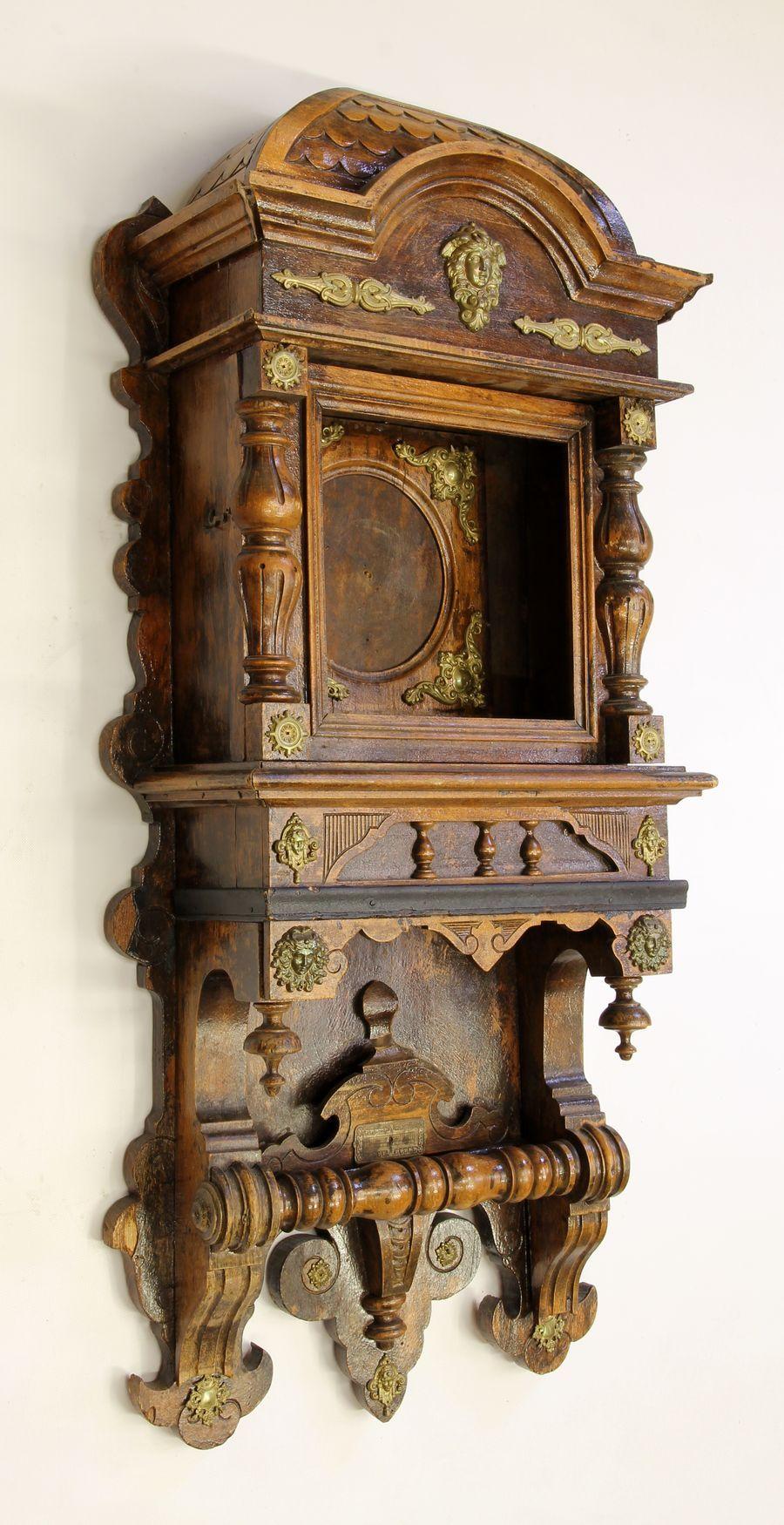 Buková hodinová skříň z 2. pol. 19. století 02