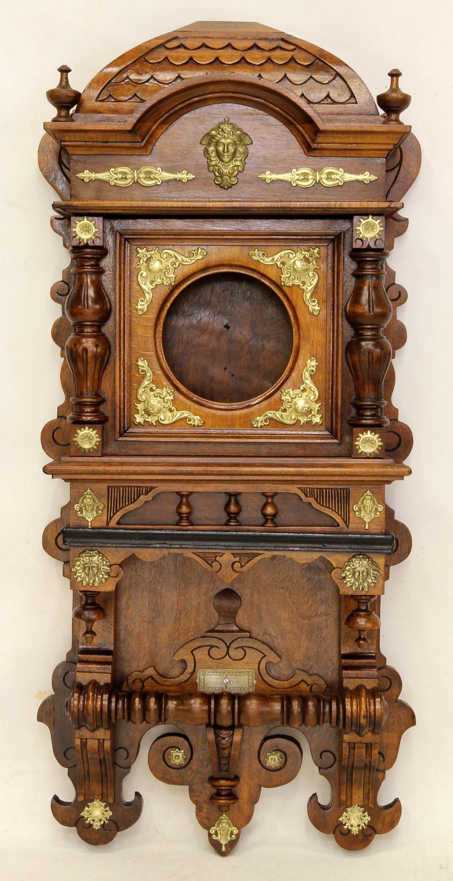 Buková hodinová skříň z 2. pol. 19. století 13